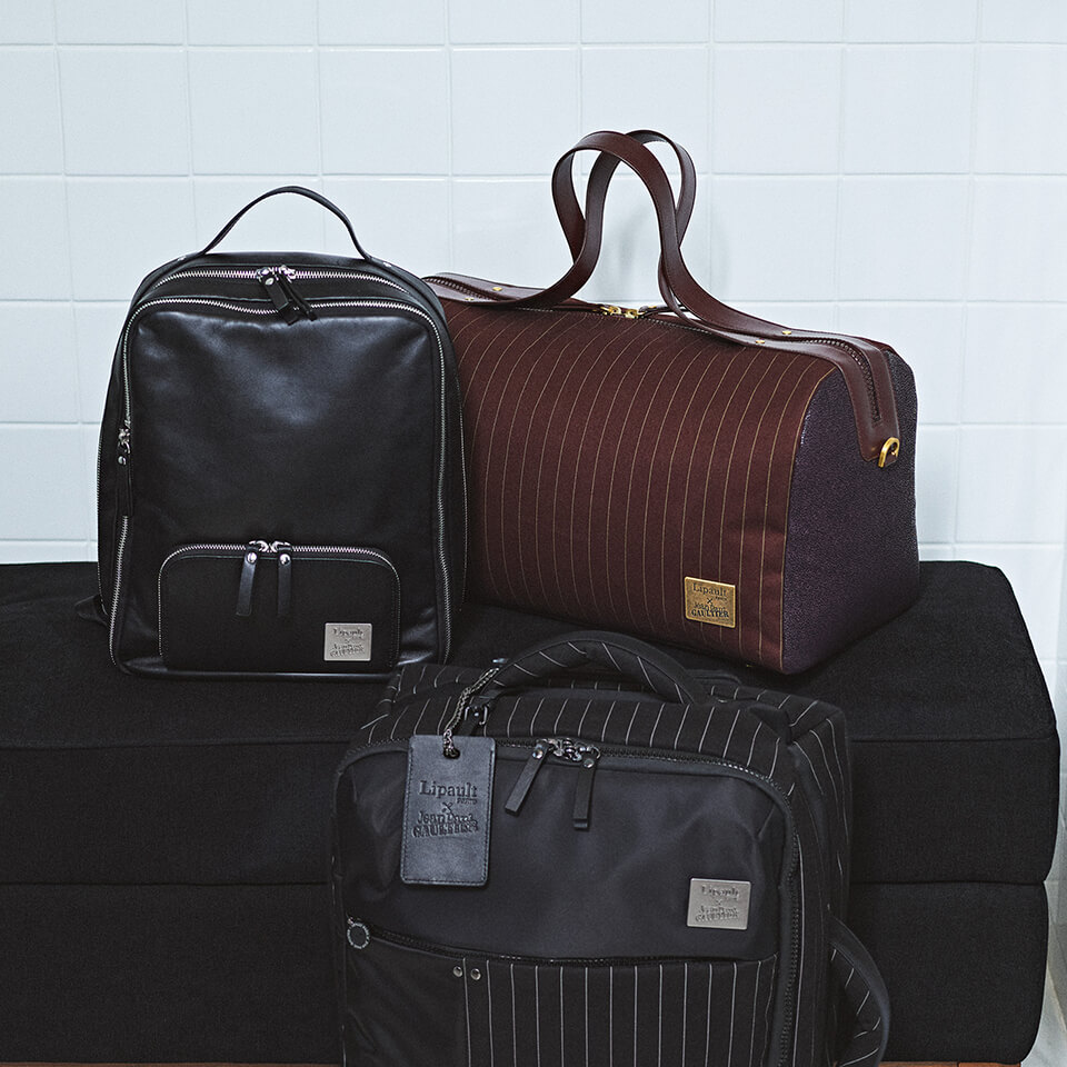 Luggage / duffle bags